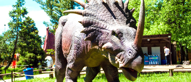 Парк динозавров в Адлере