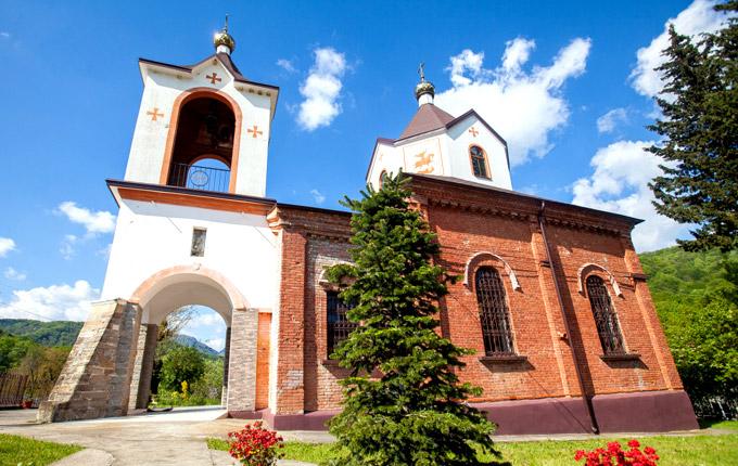 Церковь Георгия Победоносца в Сочи