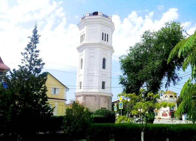 Башня Белый бассейн в Феодосии