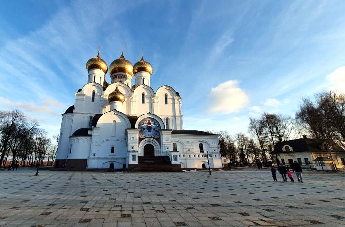 Успенский собор Ярославского кремля