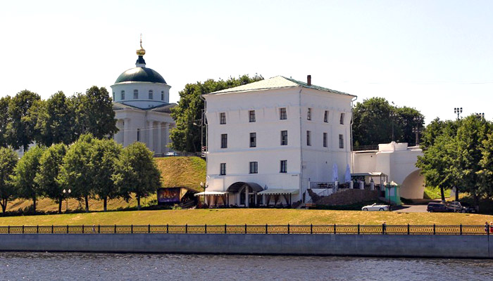 Волжская башня Ярославского кремля